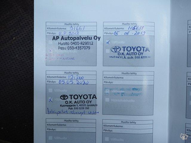 Toyota Toyota Avensis 11