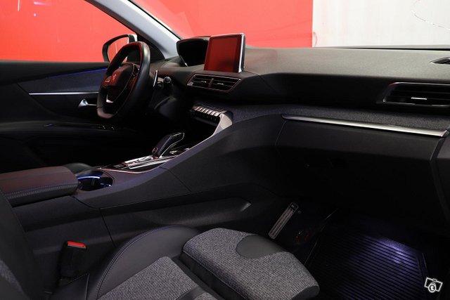 Peugeot 3008 13