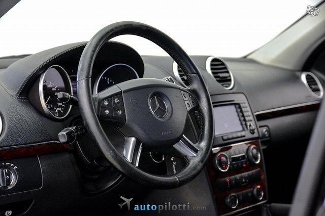 Mercedes-Benz GL 19