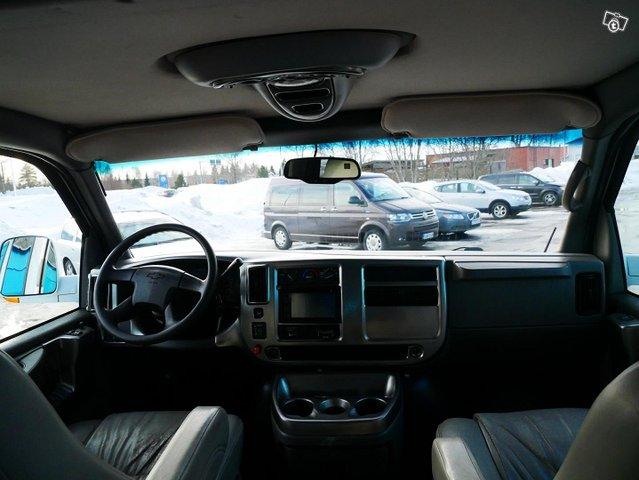 Chevrolet Chevy Van 10