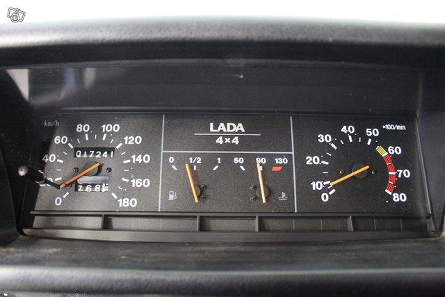 Lada Niva 4X4 8