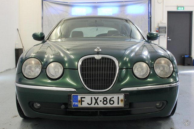 Jaguar S-Type 3