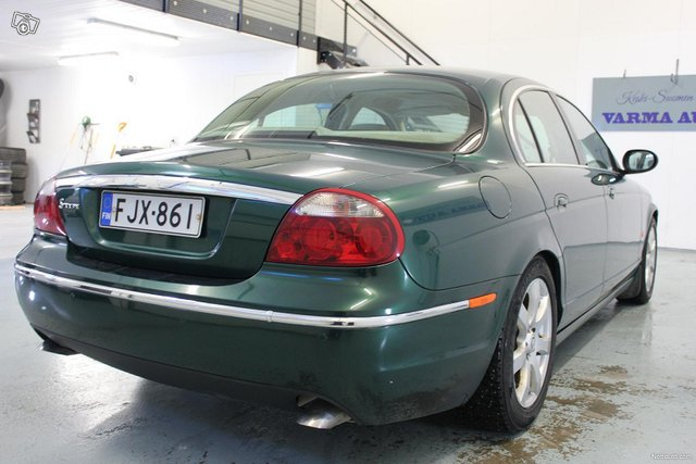 Jaguar S-Type 5