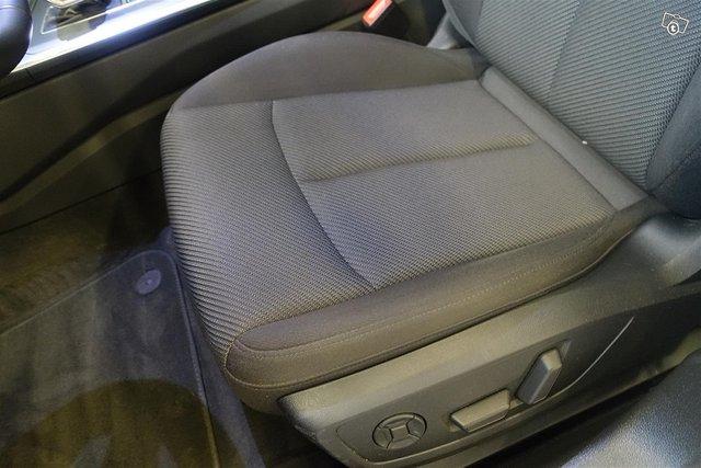 AUDI A6 Avant 10