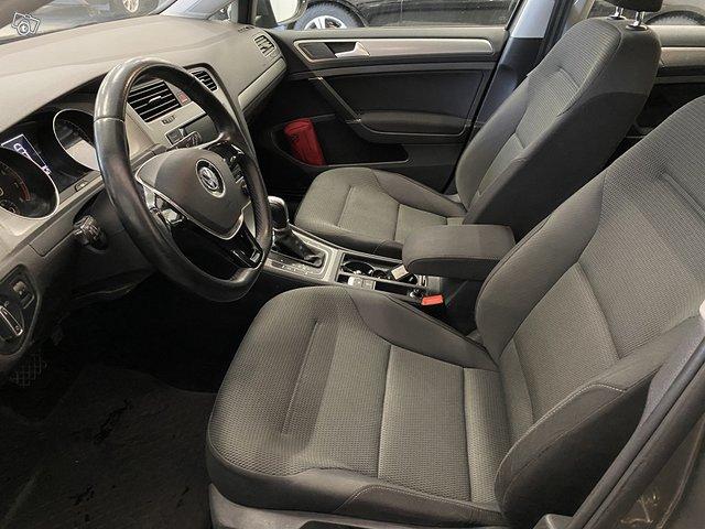 Volkswagen, VW GOLF 11