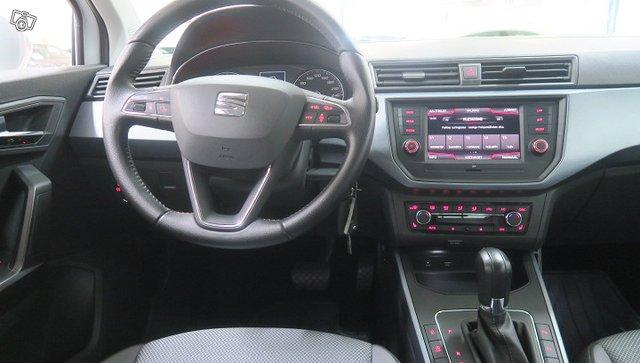 SEAT ARONA 19