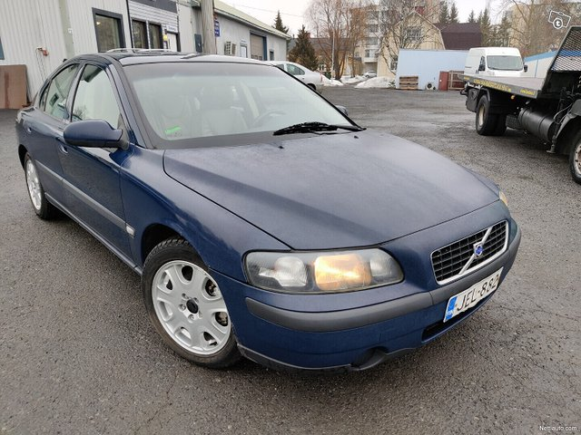 Volvo S60 5