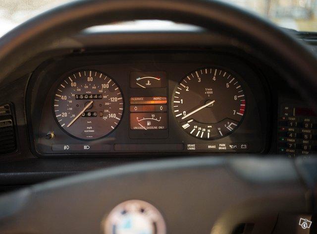 BMW 533 9