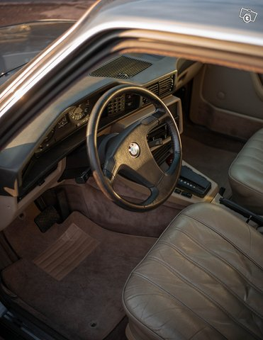 BMW 533 10