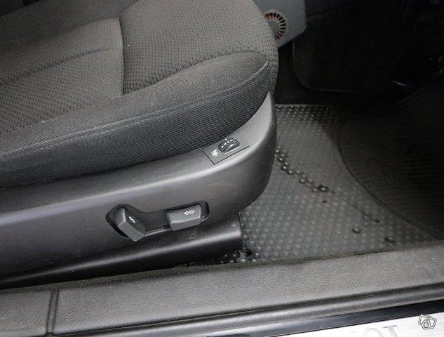 Peugeot 607 8