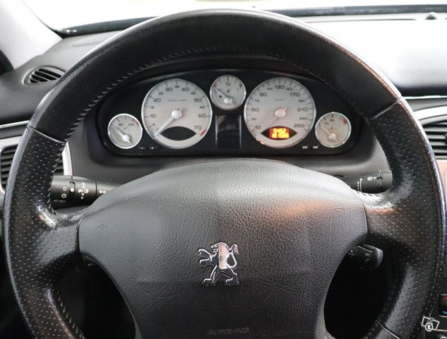 Peugeot 607 12