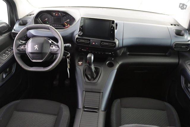 Peugeot Rifter 10