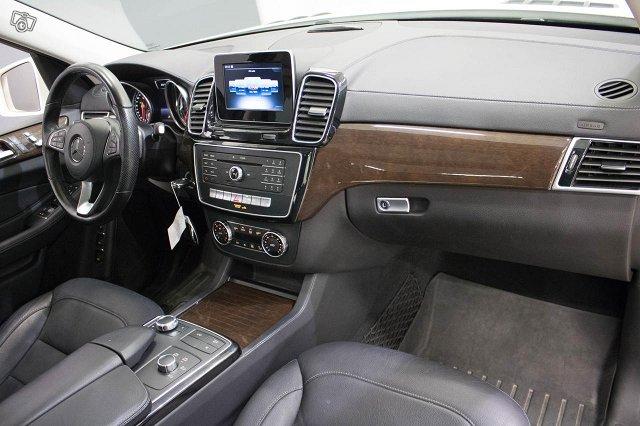 Mercedes-Benz GLS 24