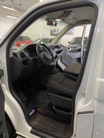 Volkswagen Caravelle 15