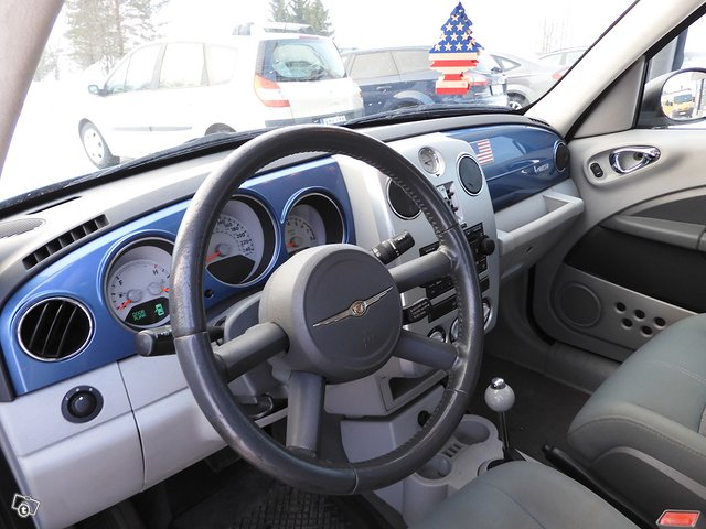 Chrysler PT Cruiser 8