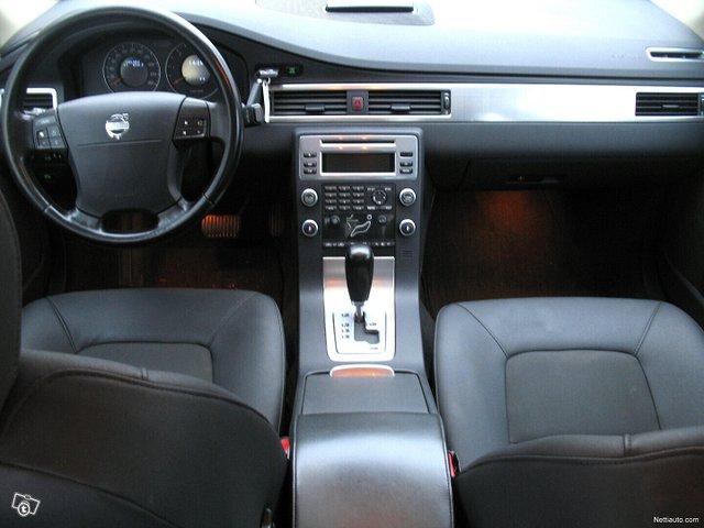 Volvo S80 14