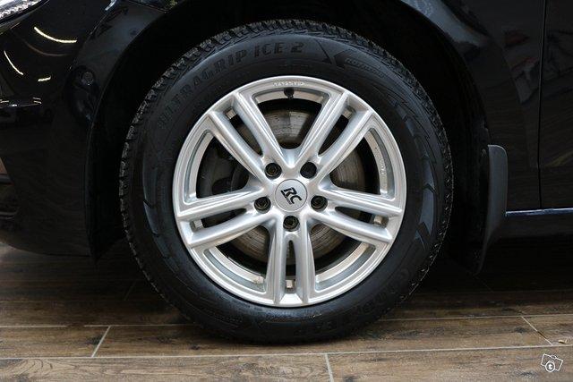 Volkswagen Touran 15