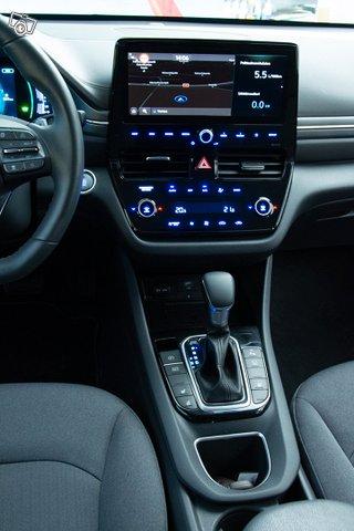 Hyundai IONIQ 18