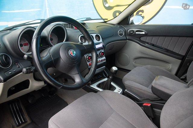 Alfa Romeo 156 8
