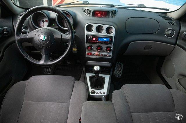 Alfa Romeo 156 9