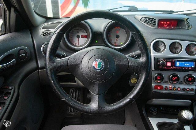 Alfa Romeo 156 10