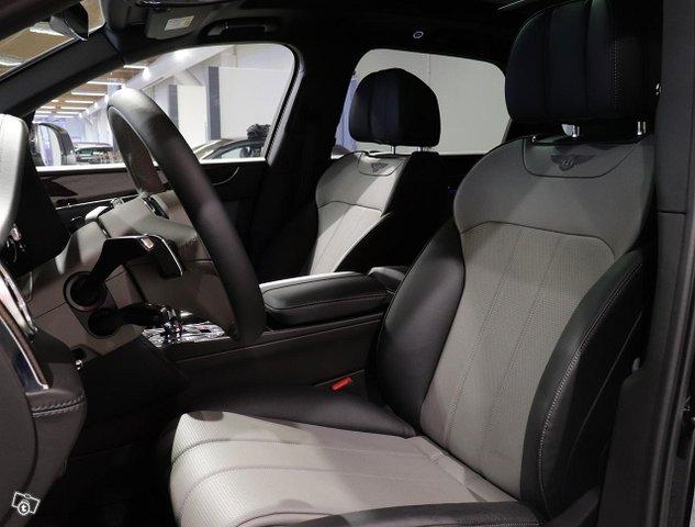 Bentley Bentayga 13
