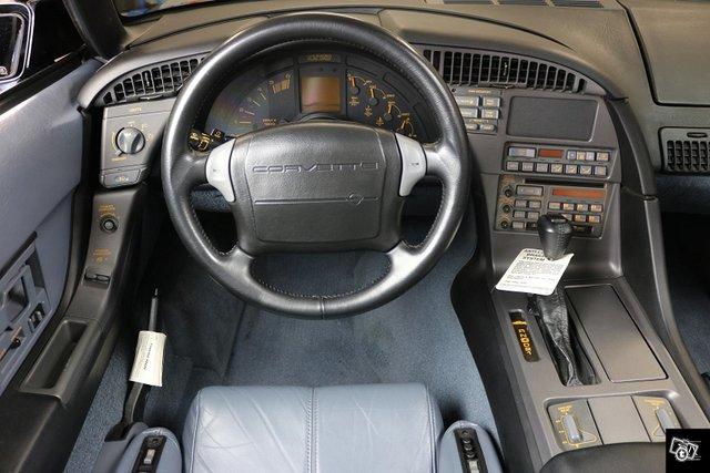 Chevrolet Corvette 8