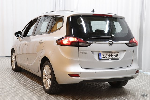 Opel Zafira Tourer 4