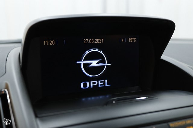 Opel Zafira Tourer 17