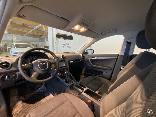 Audi A3 8