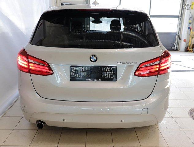 BMW 225 6