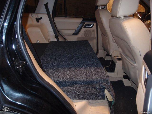 Land Rover Freelander 18