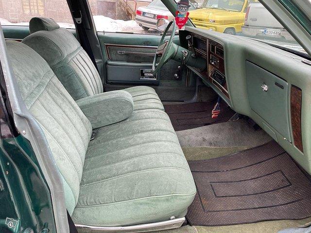 Oldsmobile Delta 7