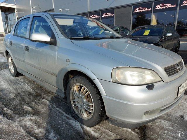 Opel ASTRA-G-SEDAN 3