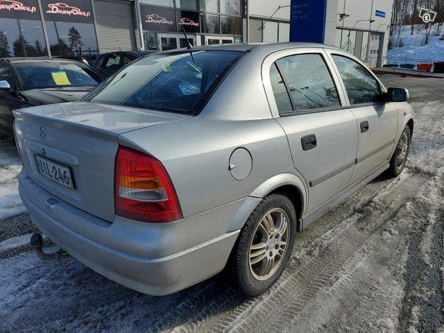 Opel ASTRA-G-SEDAN 5