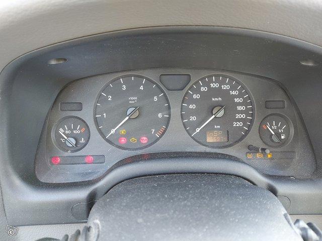 Opel ASTRA-G-SEDAN 13