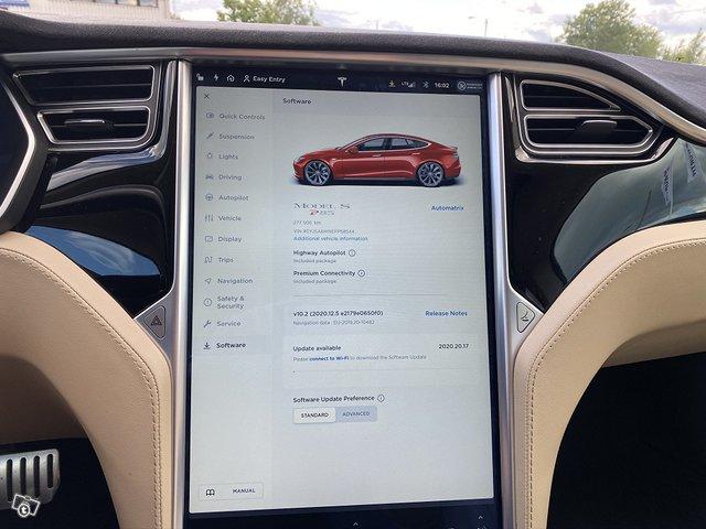 Tesla Motors Model S 11