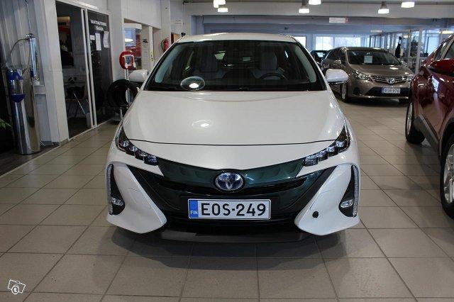 Toyota PRIUS PLUG-IN 5