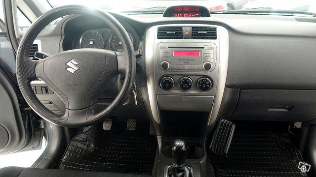 Suzuki Liana 10