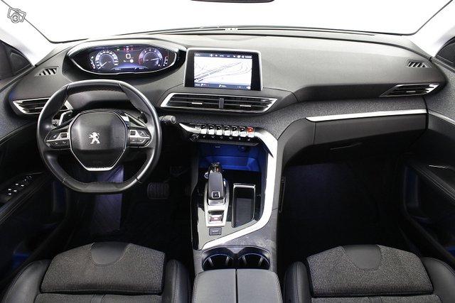 Peugeot 3008 18