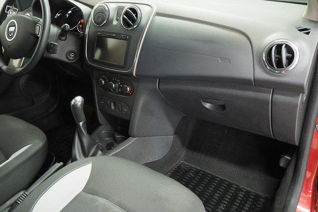 Dacia Sandero 21