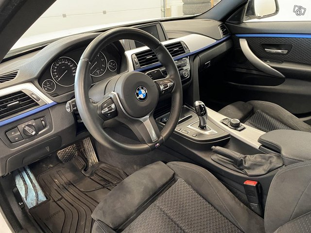 BMW 418 10
