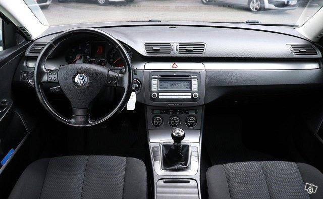 Volkswagen Passat Variant 9