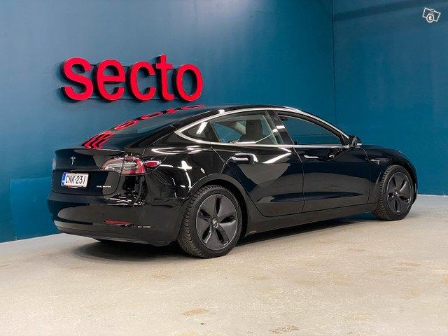 Tesla MODEL 3 2