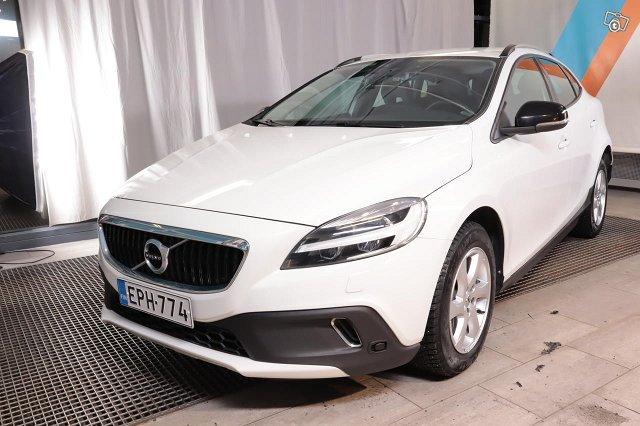 Volvo V40 CROSS COUNTRY 1