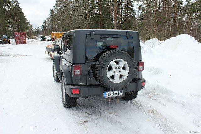 Jeep Wrangler 3