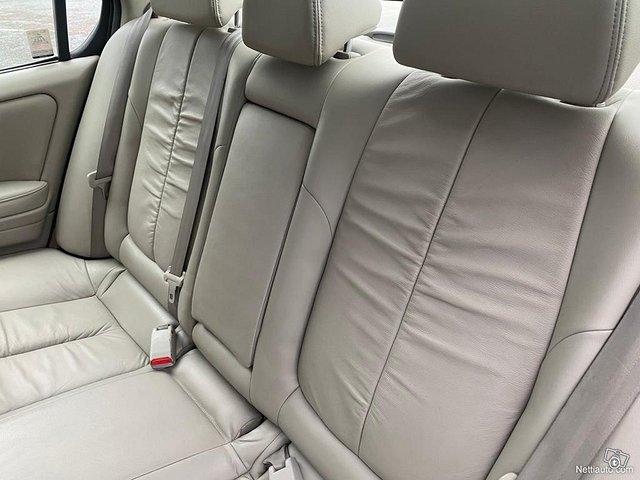 Nissan Maxima 11