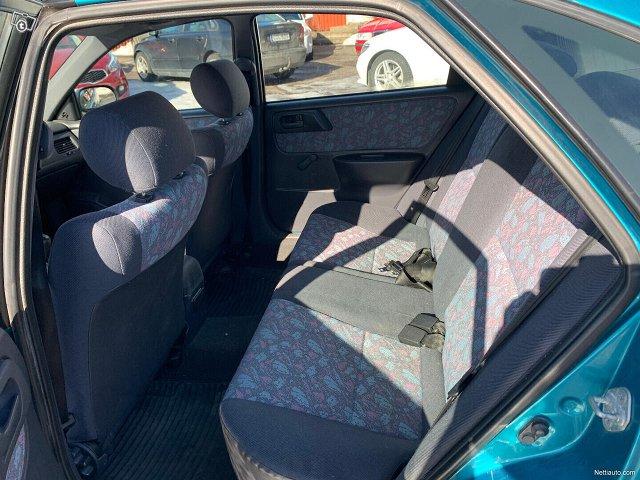 Toyota Carina E 6