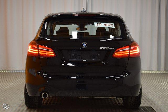 BMW 225 7