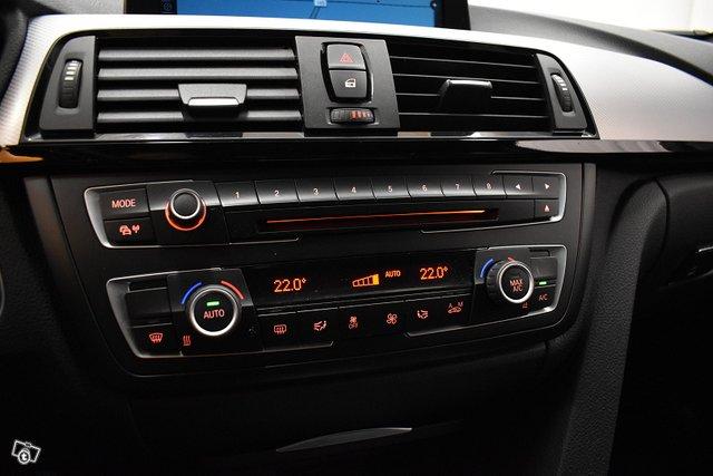 BMW 330 25
